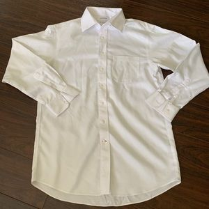 Cremieux mens Button down dress shirt